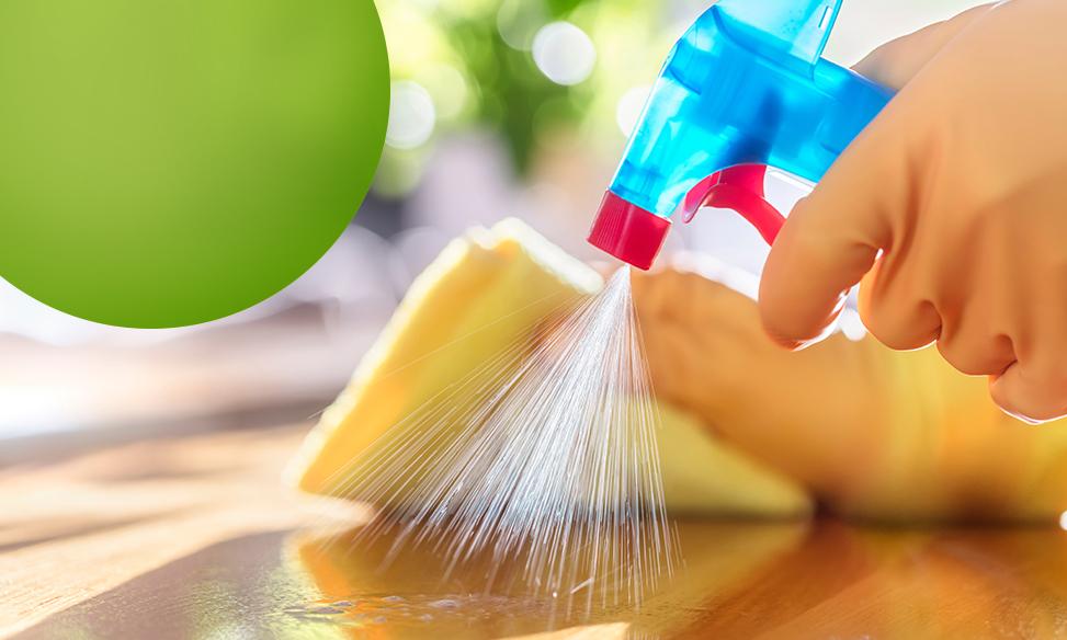 Como economizar água durante a limpeza de um condomínio?